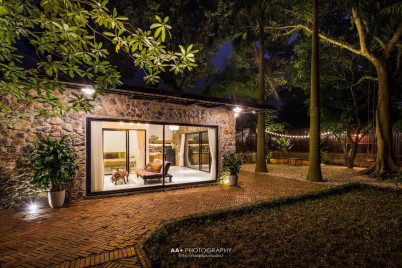 Hygge House with Spacious Garden - STONE HOUSE