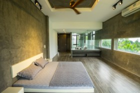 Deluxe Corner Mountain And Pool View Room - Tam Dao Golf Villa