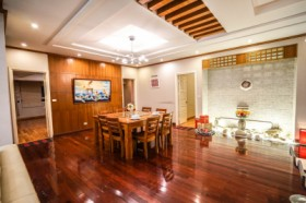 TRANQUIL APARTMENT - 2 MASTER BEDROOMS & CITY VIEW