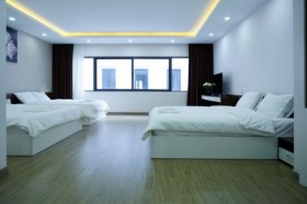 Aries 3 Double Beds Room - New Star Villa