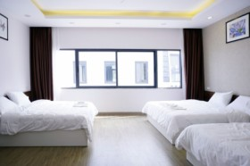 Taurus 3 Beds Room - Newstar Villa Ha Long