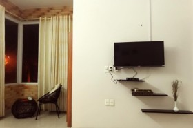 Sky Homestay - Deluxe Room with Balcony