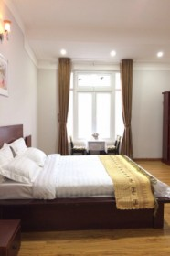 JOLIE HOUSE - DOUBLE ROOM - CHARMING with STYLE of ROMANTIC