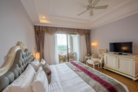 Vinpearl Cửa Hội - Junior Suite Room - Breakfast Only