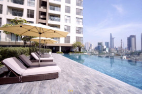 *RIVERSIDE VIEWS* 2 Bedroom with GYM and POOL - Central of Ho Chi Minh City